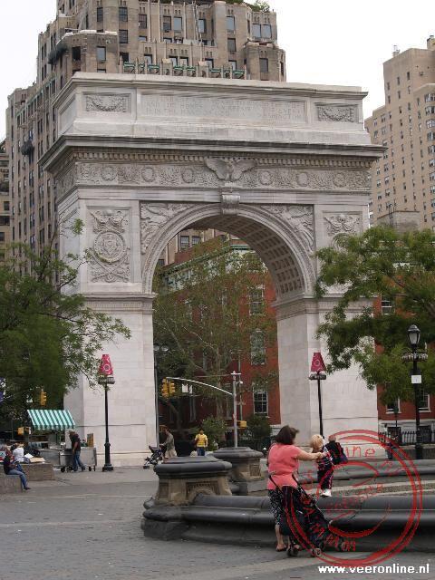 Washington Square Park met de Triomfboog aan het begin van de 5th Avenu