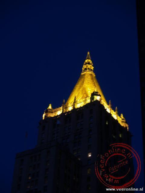Een fraai verlicht torenspits