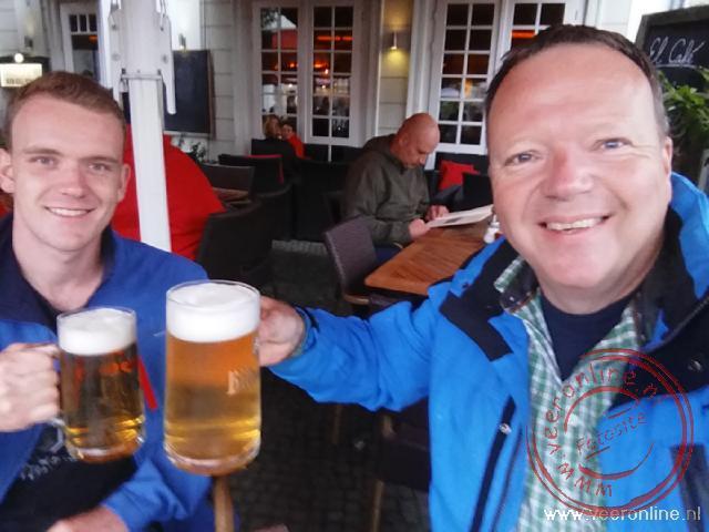 Het eerste biertje van de reis