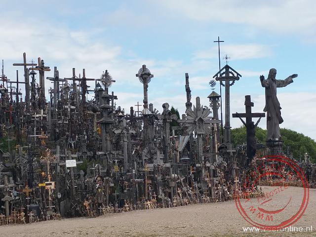 De honderdduizenden kruizen op de Kruisberg in Litouwen