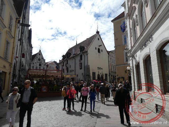 De  straatjes van de oude stad van Tallinn