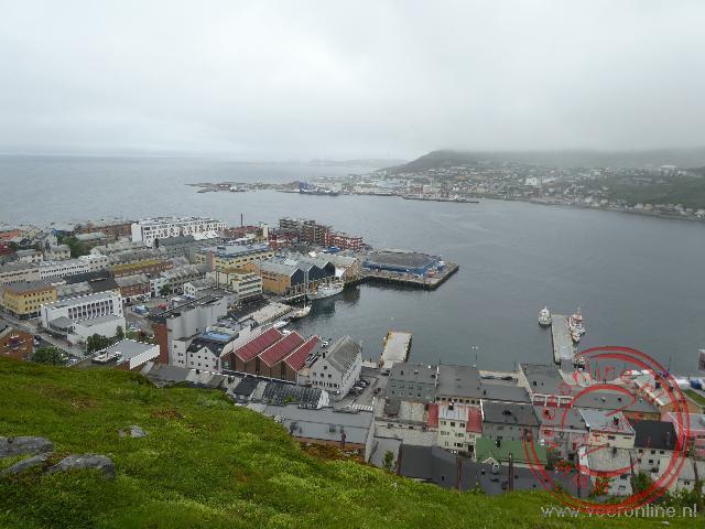 Het kleine centrum van de stad Hammerfest