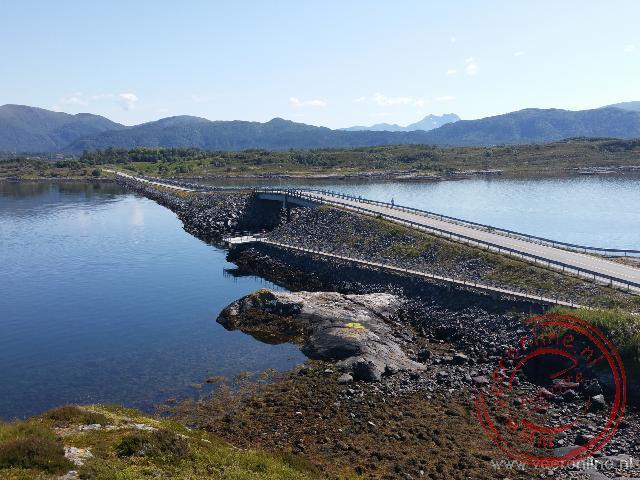 De Atlantic Ocean road is een route over twaalf bruggen
