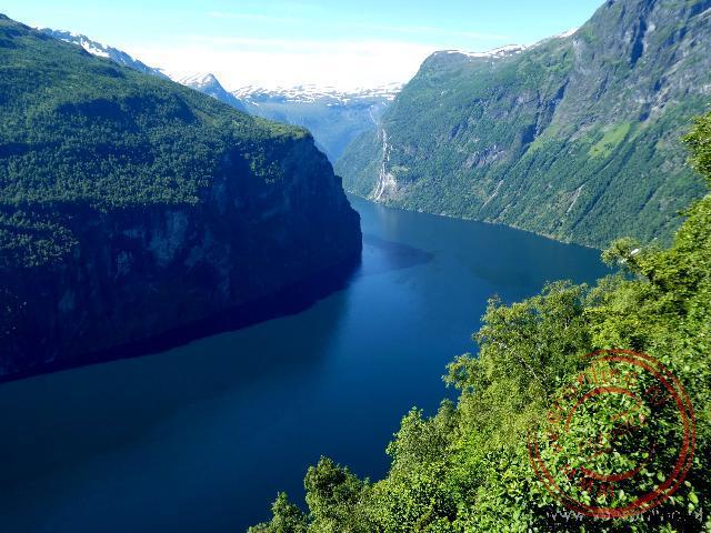 Uitzicht op de Geirangerfjord