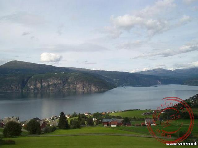 Een overzicht over de uitlopers van het Nordfjord