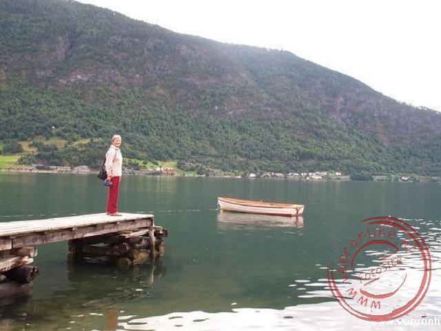 De pier van Sogndal gelegen aan het Sognfjord