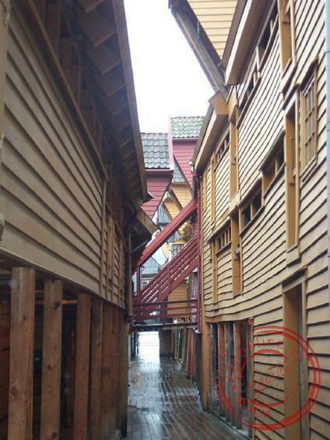 De bryggen, de beroemde houten handelshuizen uit de Hanzetijd.
