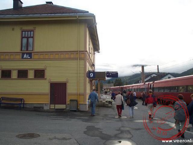 Het station van Ål. Dit was het eindpunt van onze treinreis