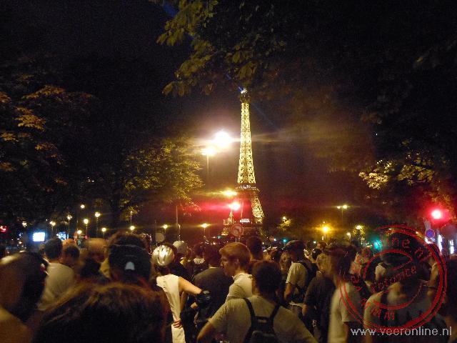 De Eiffeltoren komt is zicht tijdens de tocht