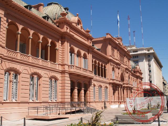 Het presentieel paleis op de Plaza de Mayo