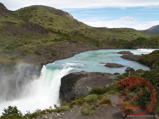 De Salto Grande waterval, Torres del Paine