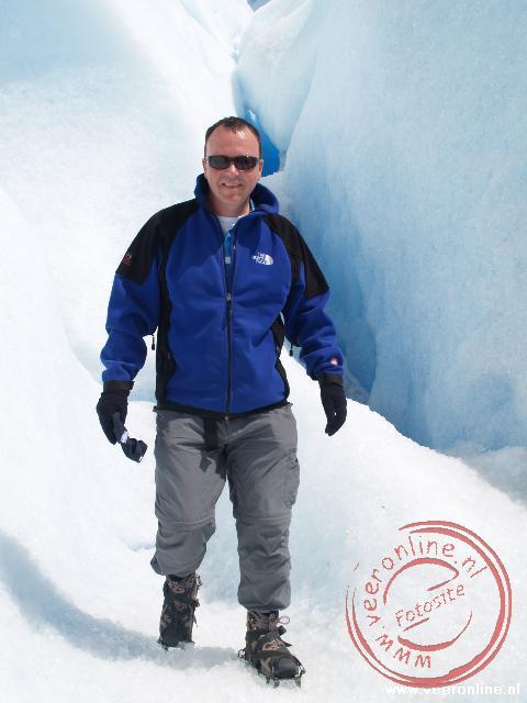 Lopen op spikes over de gletsjer