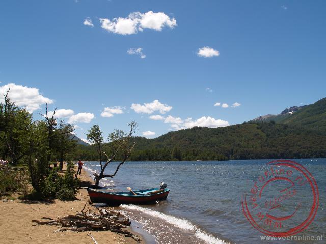 Eén van de meren van de zeven meren route tussen Bariloche en San Martin