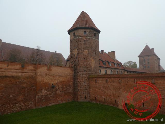 De toegangspoort van het kasteel van Malbork
