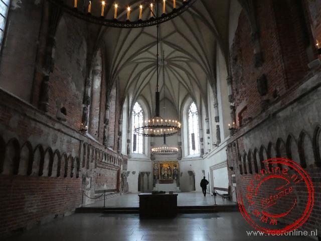 De gerestaureerde kapel in het kasteel