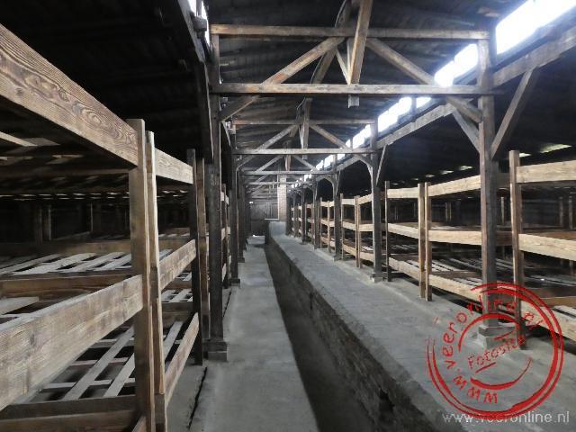 De barakken in Birkenau zijn nog primitiever