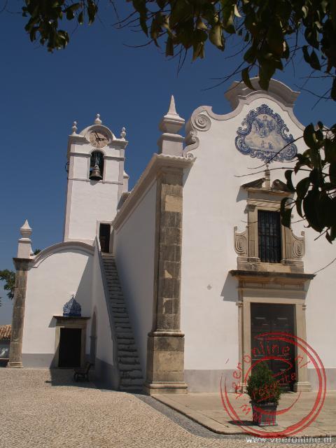 De Kerk sao Lourenco bij Almancil heeft de mooiste blauwe tegelschilderingen (azulejos) van de Algarve
