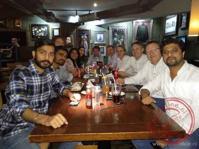 Eten in het Hardrock café Pune
