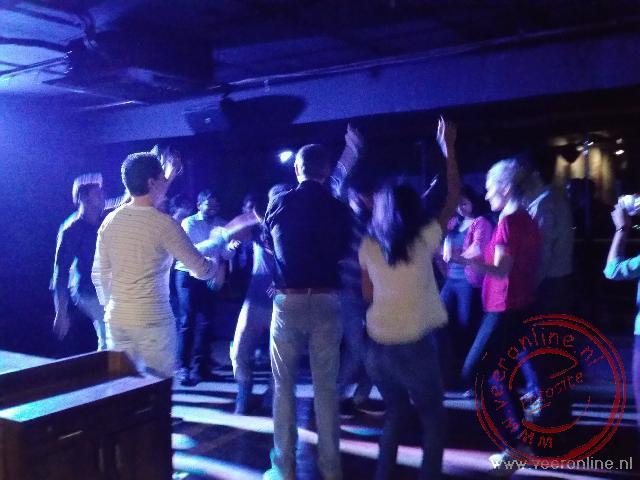 Dansen in club Yolo in Pune