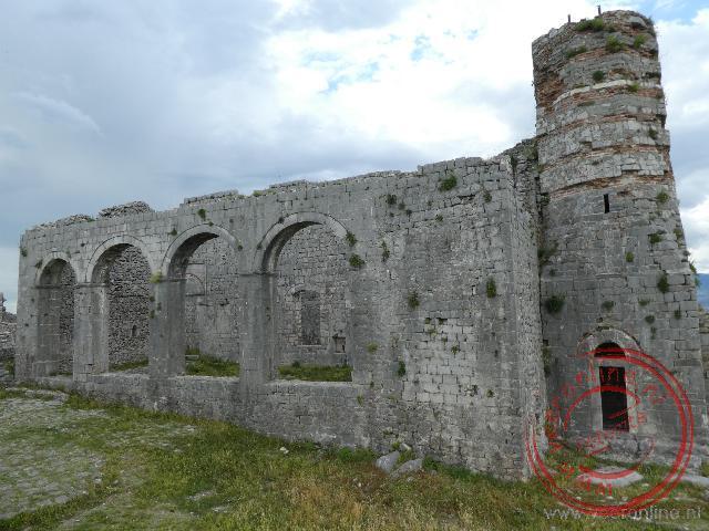 De restanten van het Rozafa fort