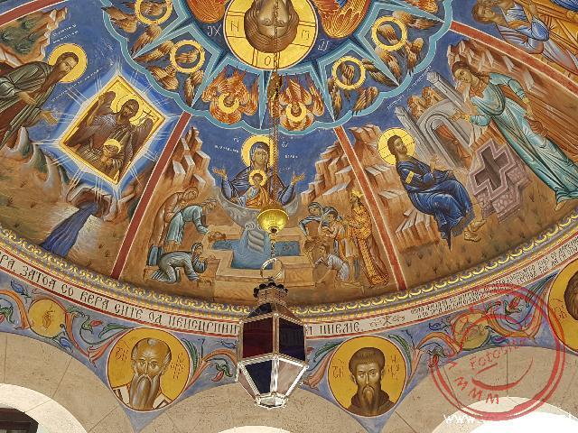 De prachtige fresco's in het Sveti Jovan klooster