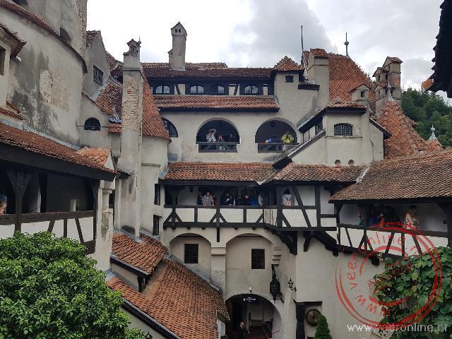 De binnenplaats van het kasteel van Bran