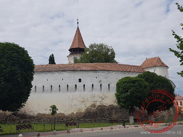 De ommuurde kerk van Prejmer