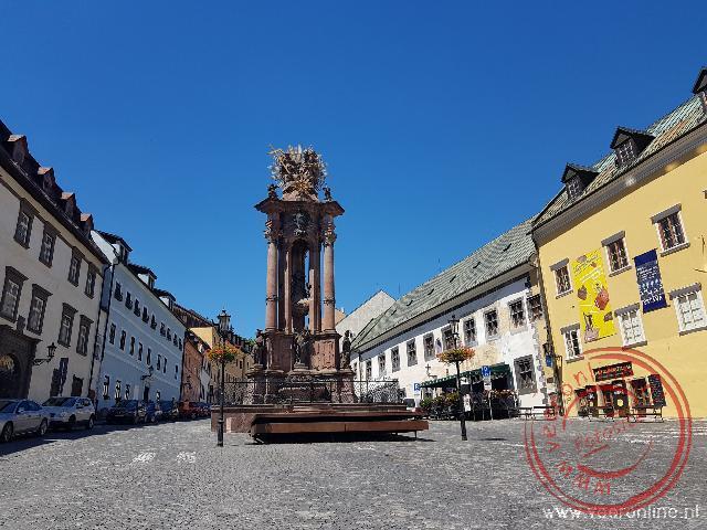 Het centrale plein van Banska Stiavnica