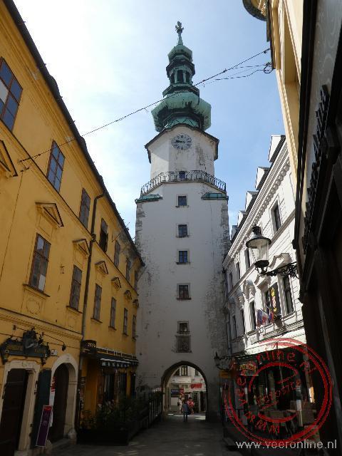 De doorgang naar de oude stad van Bratislava