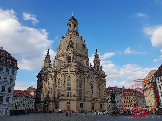 De gerestaureerde vrouwenkerk van Dresden