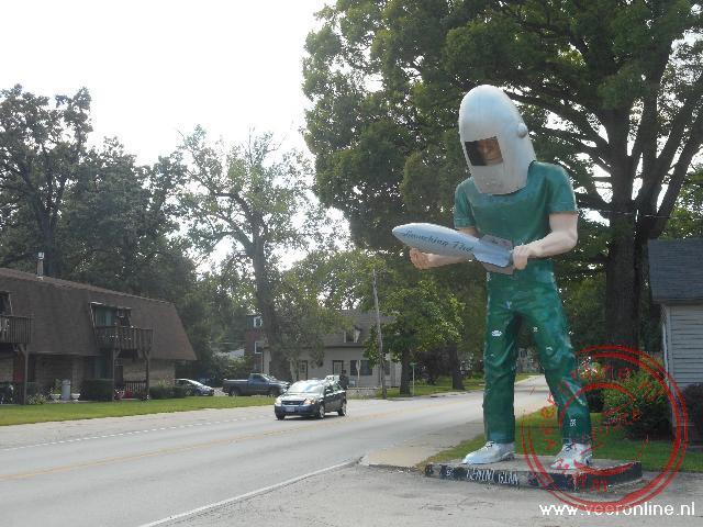 Het enorme beeld van de Gemini Giant in Wilmington
