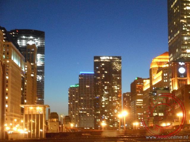 De avond valt over Chicago