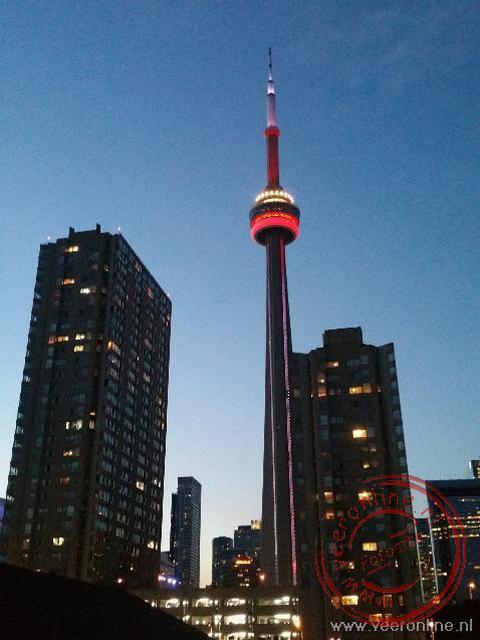 De 344 meter hoge CN tower in Toronto