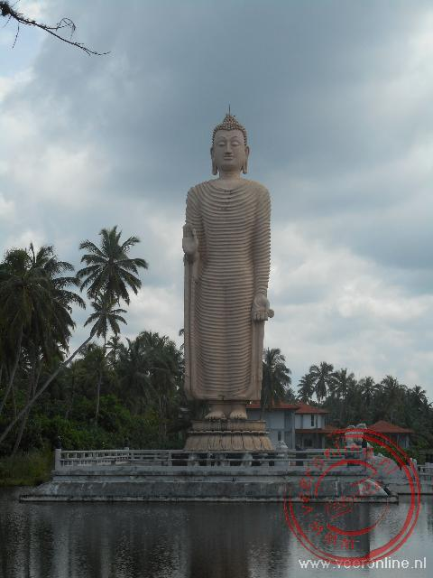 Een monument voor de slachtoffers van de Tsunami