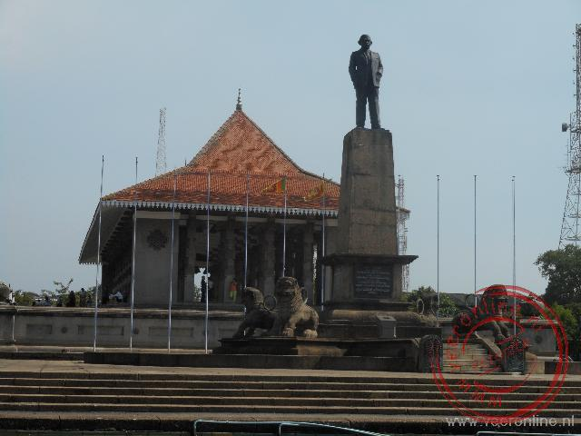 Het DS Senanayake Statue voor de Independence Memorial Hall