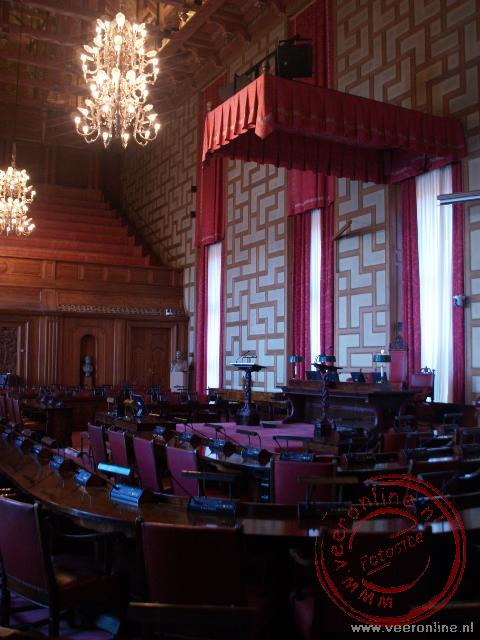 De raadszaal in het stadhuis