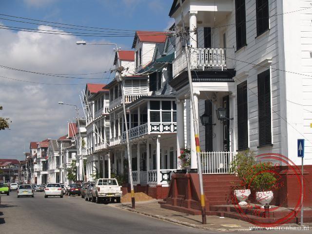 De Waterkant, de boulevard van Paramaribo