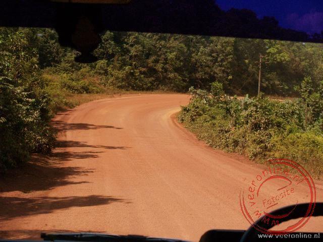 De bauxiet weg terug naar Paramaribo