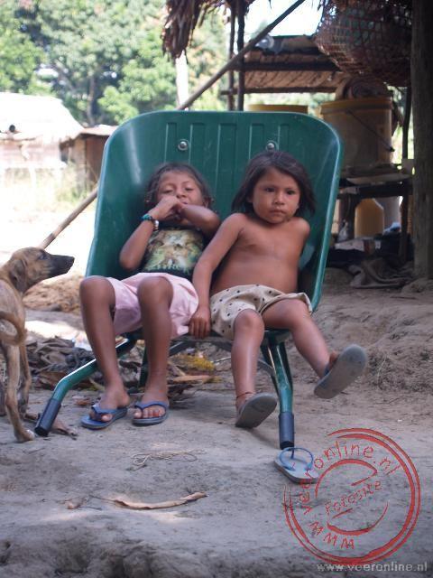 Kinderen in Tutu Kampu
