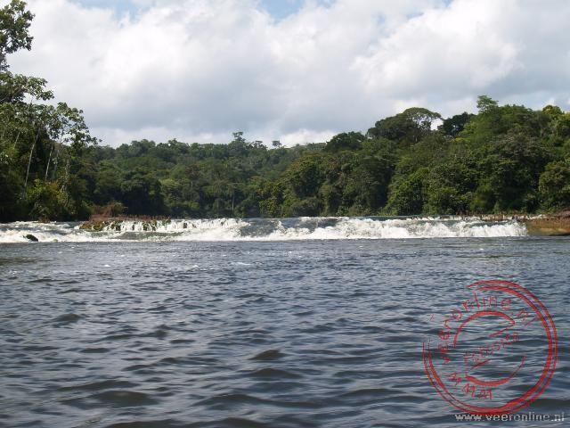 Een sula, een stroomversnelling in de rivier