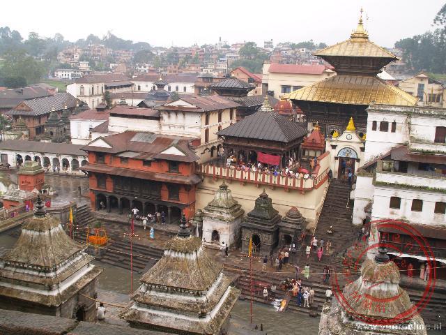 Het tempelcomplex Pashupatinath in Kathmandu