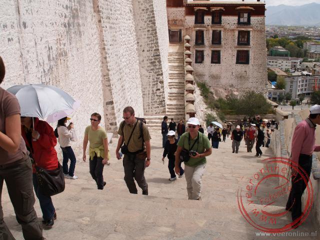 De trappen van het Potala paleis in Lhasa