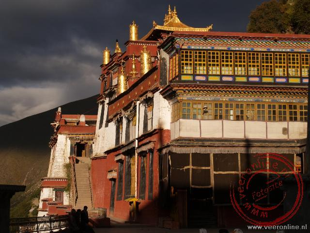 De tempels van het Drigung Til Klooster