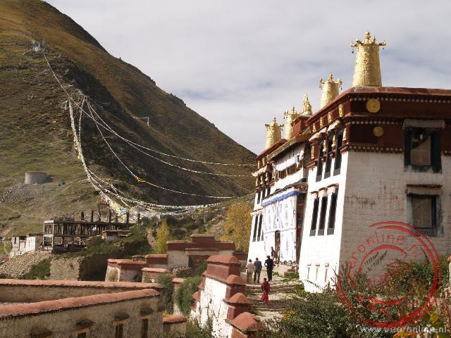 Eén van de tempels van het Ganden Kloostercomplex