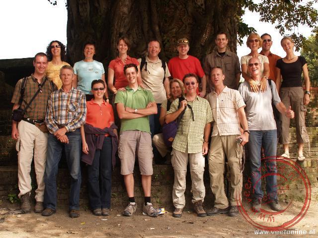Achter : Yolande, Samantha, Marjel, Ronald, Herman, Tim, Truus, Loek en Jozalien Voor: Maarten, Gerard, Monique, Willem, Renée, René, Barry en Evert