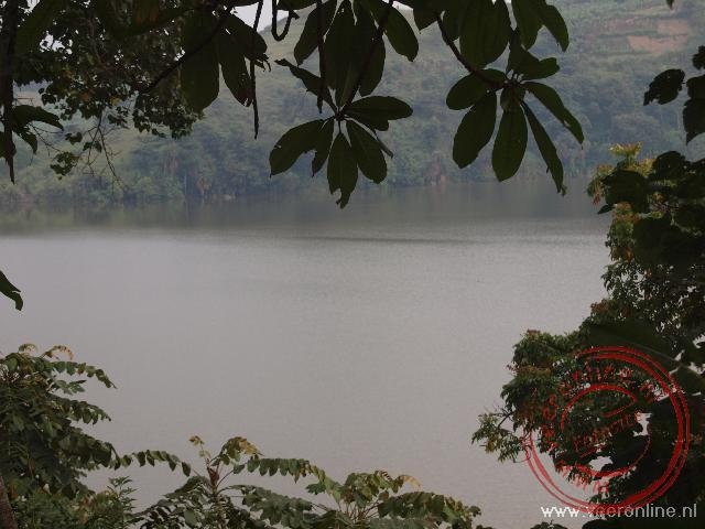 Een van de kratermeren in West Uganda