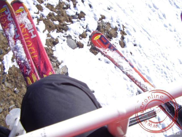 Uitzicht naar beneden vanuit de skilift