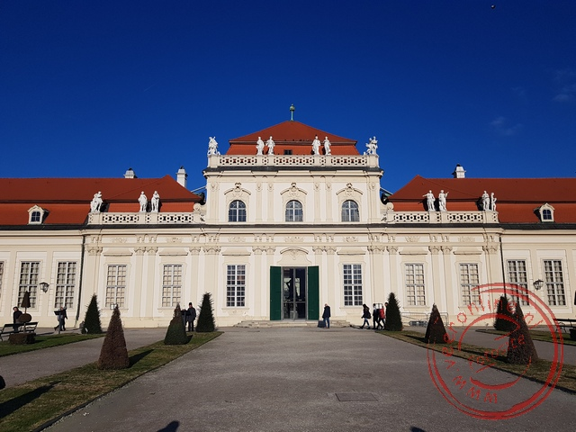 Het kleinere en lager gelegen Untere Belvedere paleis