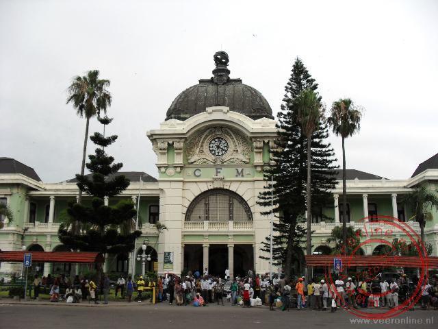 Het station in Maputo is ontworpen door Gustaf Eiffel (van de iEffeltoren)