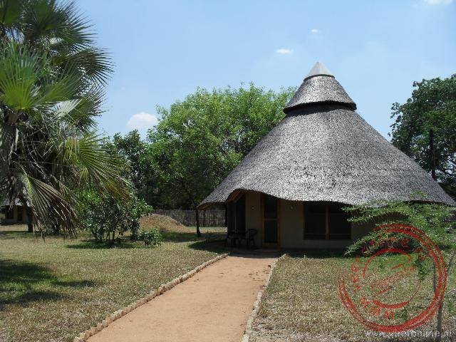 Mozambique, Malawi en Zambia - Een overnachting in een rondavel in Gorongosa Mozambique